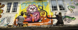 saigon-street-art-alley