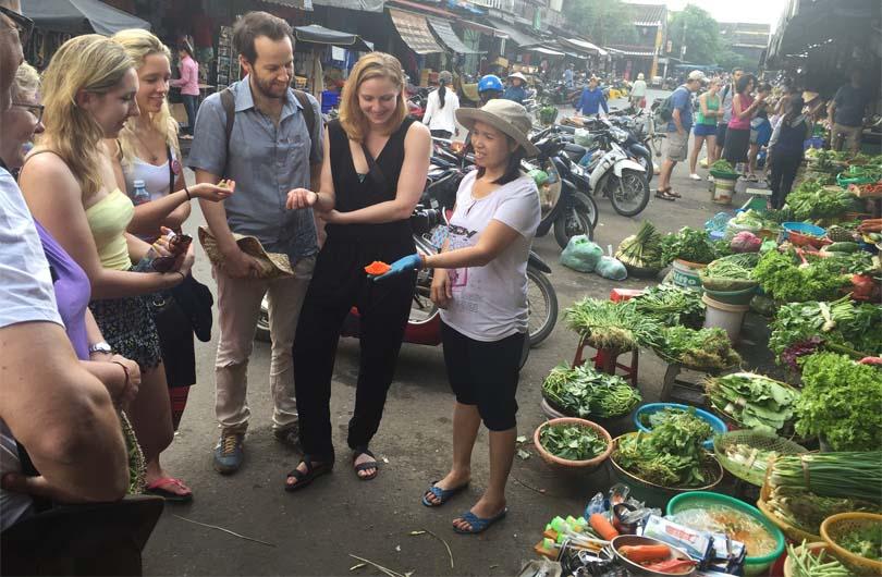 Hoi An Street Food Walking Tour