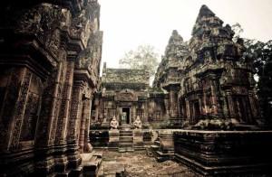 cambodia-angkor-wat-2