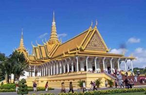 cambodia-royal-palace-throne-room-2