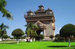 laos-patuxai