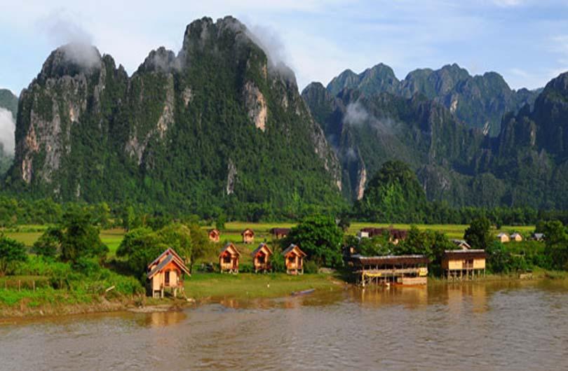 Essential Laos Tour