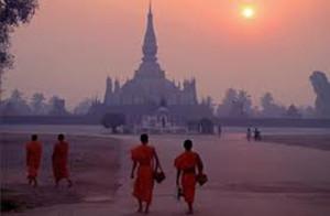 laos-wat-siphouthabath-luang-prabang