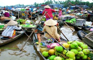 vietnam-can-tho-float-ting-market