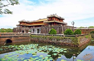 Hue Sightseeing with River Cruise
