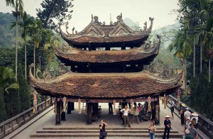 vietnam-perfume-pagoda