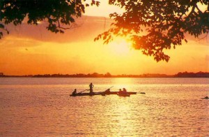 vietnam-west-lake-01