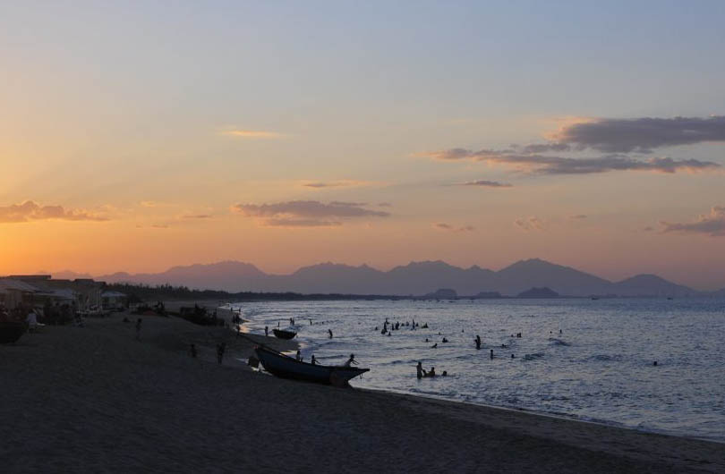 an-bang-beach-vietnam